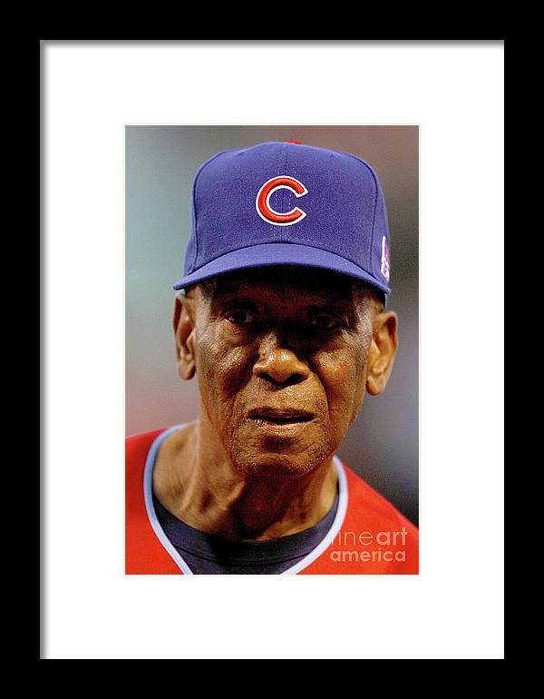 Softball Framed Print featuring the photograph Ernie Banks by Dilip Vishwanat