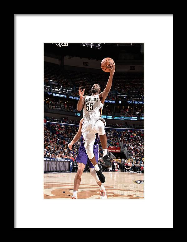 Smoothie King Center Framed Print featuring the photograph E'twaun Moore by Bill Baptist