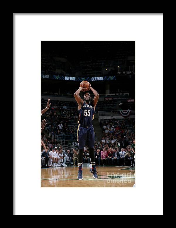 Nba Pro Basketball Framed Print featuring the photograph E'twaun Moore by Gary Dineen