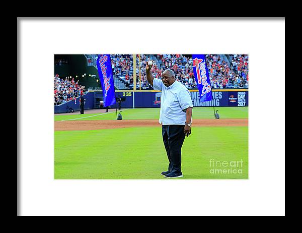 Atlanta Framed Print featuring the photograph Hank Aaron by Daniel Shirey