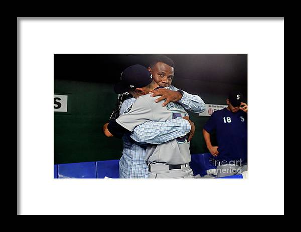 International Match Framed Print featuring the photograph Ichiro Suzuki by Yuki Taguchi