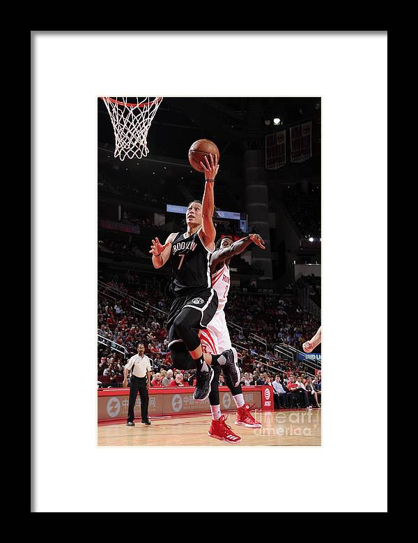 Nba Pro Basketball Framed Print featuring the photograph Jeremy Lin by Bill Baptist