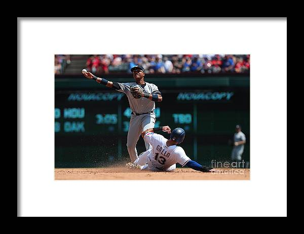 People Framed Print featuring the photograph Joey Gallo and Starlin Castro by Richard Rodriguez