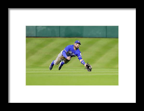 People Framed Print featuring the photograph Kevin Pillar by Bob Levey