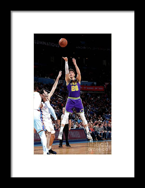 Nba Pro Basketball Framed Print featuring the photograph Kyle Korver by Joe Murphy