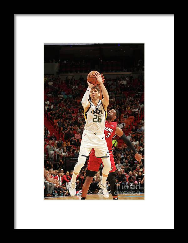 Nba Pro Basketball Framed Print featuring the photograph Kyle Korver by Oscar Baldizon