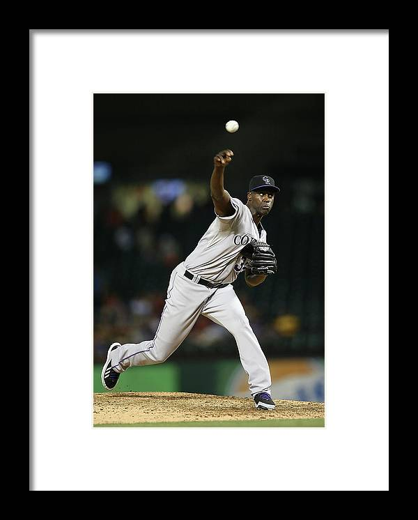 Ninth Inning Framed Print featuring the photograph Latroy Hawkins by Rick Yeatts