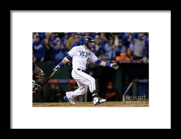 People Framed Print featuring the photograph Lorenzo Cain, Alex Gordon, and Wei-yin Chen by Ed Zurga
