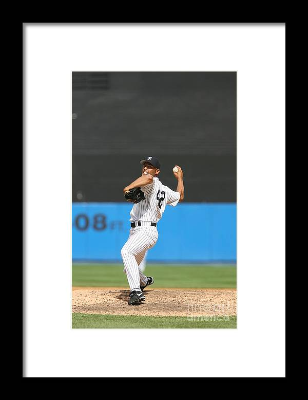 People Framed Print featuring the photograph Mariano Rivera by Rich Pilling