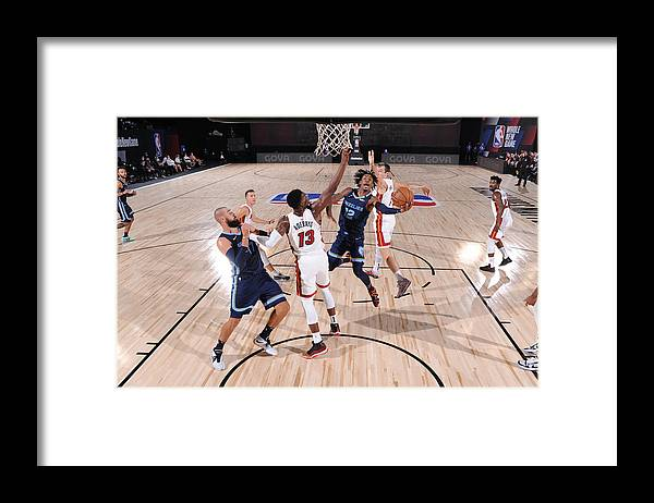 Nba Pro Basketball Framed Print featuring the photograph Memphis Grizzlies v Miami Heat by David Dow