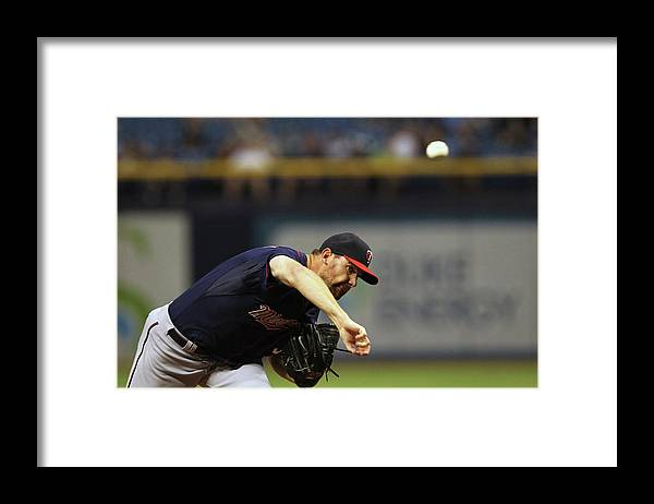 American League Baseball Framed Print featuring the photograph Mike Pelfrey by Scott Iskowitz