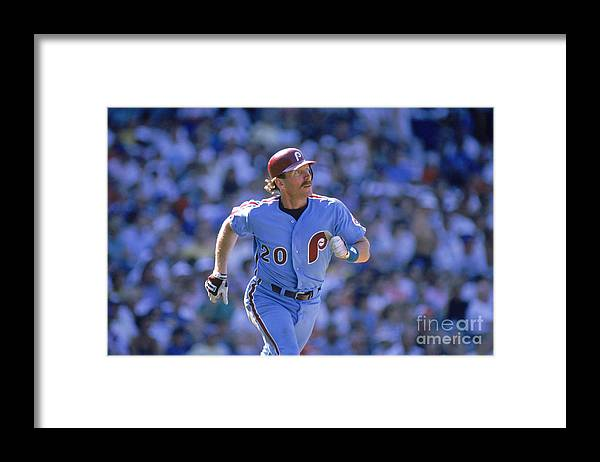 1980-1989 Framed Print featuring the photograph Mike Schmidt by John Williamson