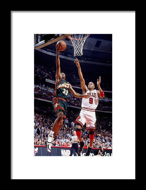 Ron Harper Framed Print featuring the photograph Ron Harper and Hersey Hawkins by Nathaniel S. Butler