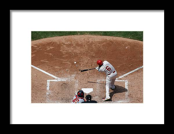 St. Louis Cardinals Framed Print featuring the photograph Ryan Howard by Brian Garfinkel