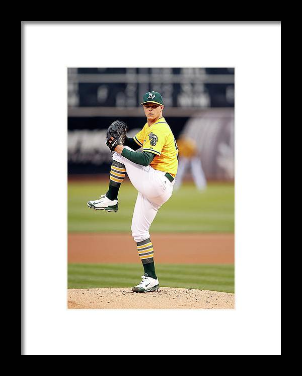 People Framed Print featuring the photograph Sonny Gray by Ezra Shaw