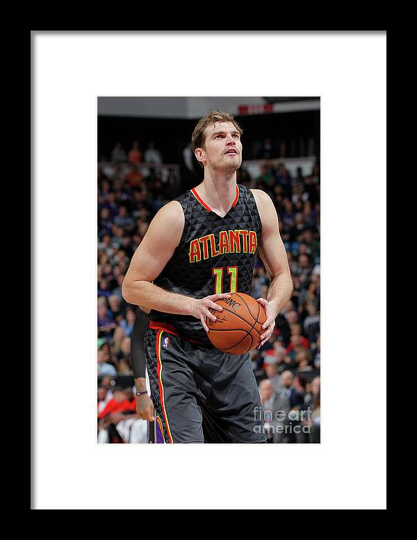 Nba Pro Basketball Framed Print featuring the photograph Tiago Splitter by Rocky Widner