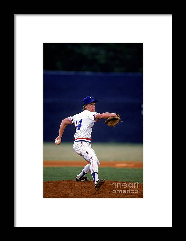 1980-1989 Framed Print featuring the photograph Tom Glavine by Rich Pilling