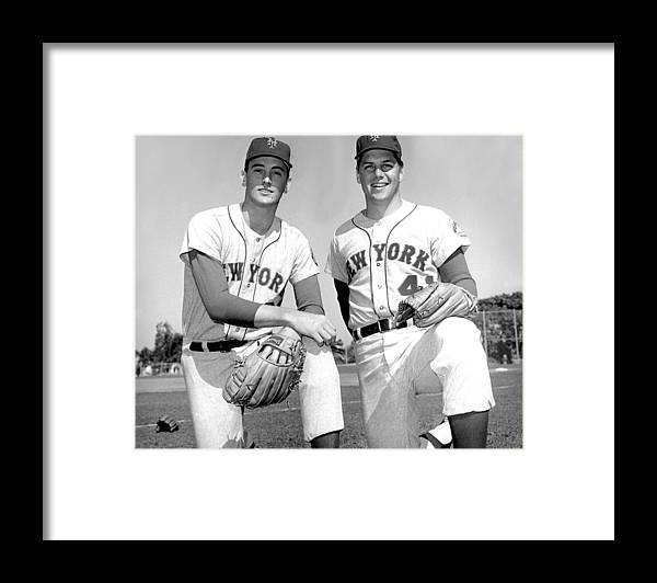 Tom Seaver Framed Print featuring the photograph Tom Seaver and Nolan Ryan by New York Daily News Archive