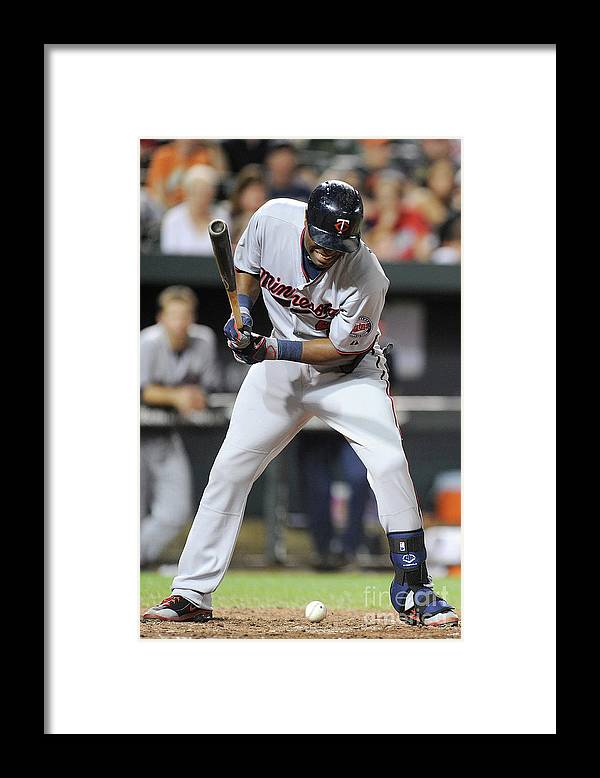People Framed Print featuring the photograph Torii Hunter by Greg Fiume