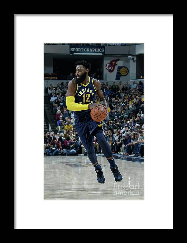 Nba Pro Basketball Framed Print featuring the photograph Tyreke Evans by Ron Hoskins