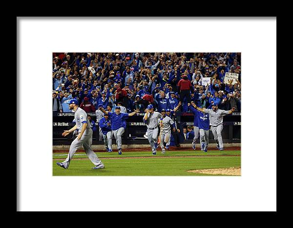 People Framed Print featuring the photograph Wade Davis by Elsa