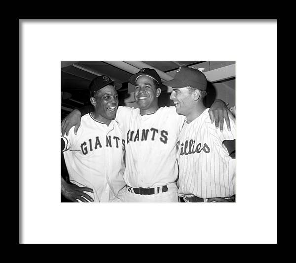 Horizontal Framed Print featuring the photograph Willie Mays, Juan Marichal, and Johnny Callison by New York Daily News Archive