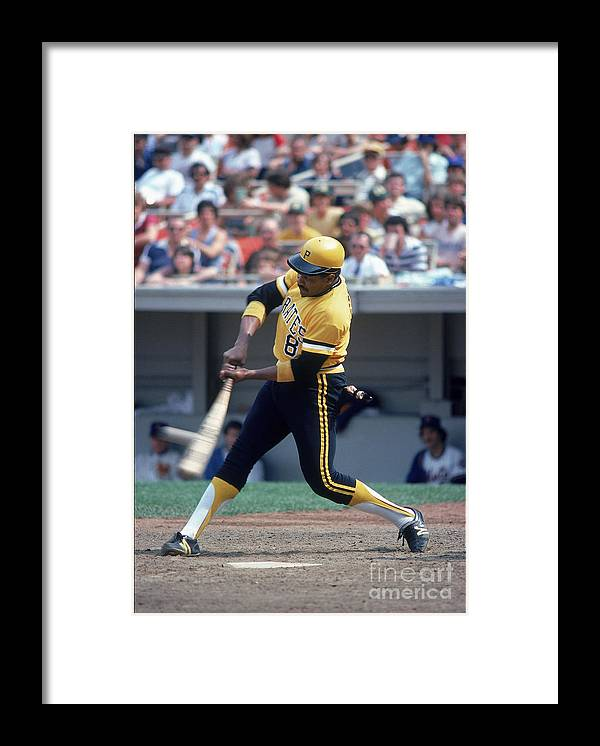 1980-1989 Framed Print featuring the photograph Willie Stargell by Rich Pilling