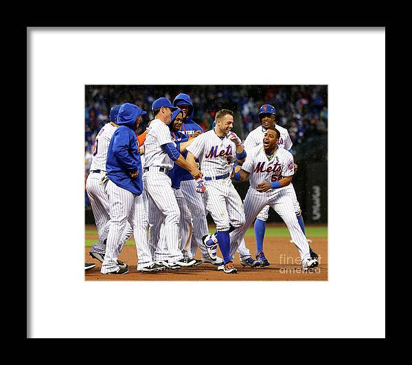 Yoenis Cespedes Framed Print featuring the photograph Yoenis Cespedes and David Wright by Elsa