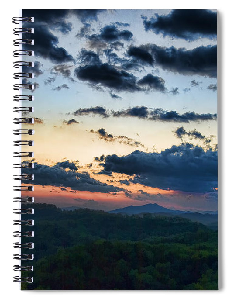 Tennessee Spiral Notebook featuring the painting Sundown by Steven Richardson