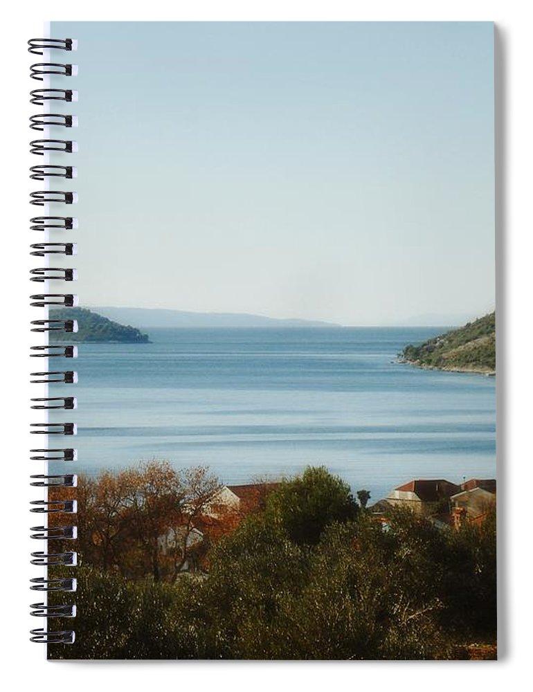 Linda De La Rosa Spiral Notebook featuring the photograph Meditate by De La Rosa Concert Photography