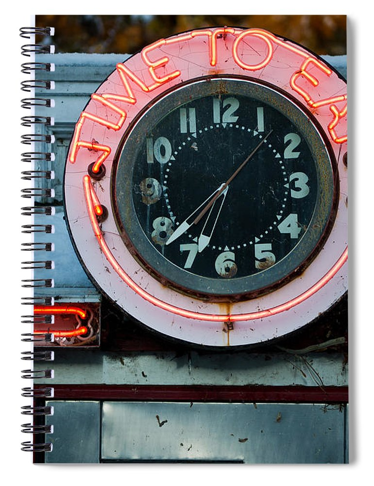 Diner Spiral Notebook featuring the photograph Time To Eat by Edward Fielding