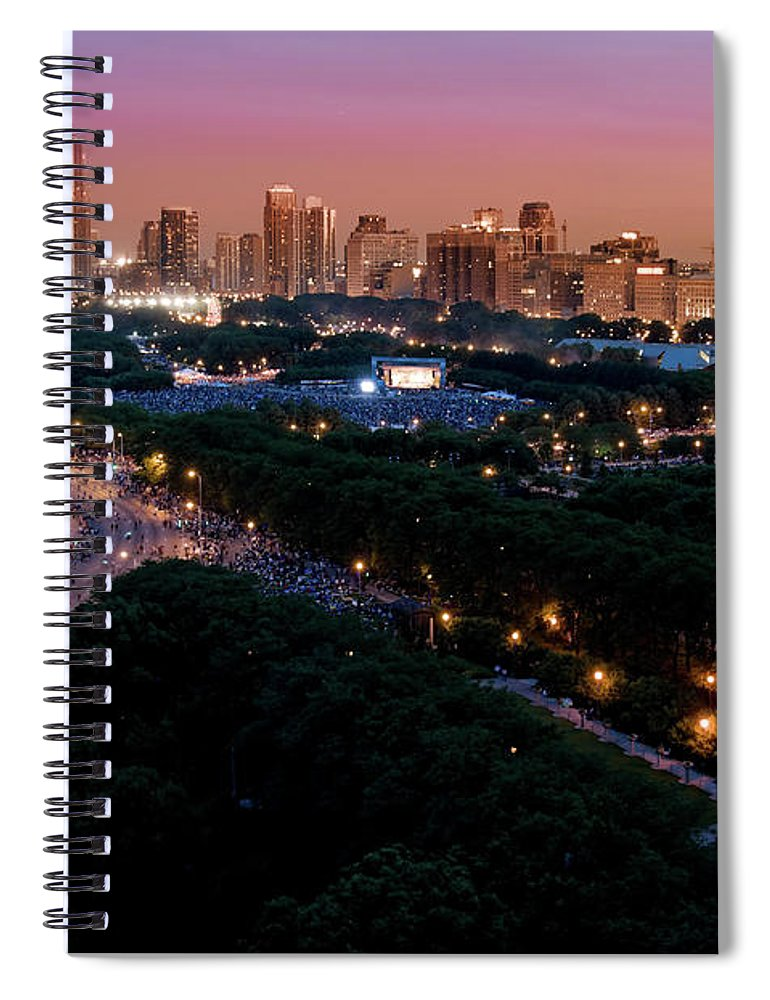 4th Of July Spiral Notebook featuring the photograph Chicago Independence Day At Night by Bruno Passigatti