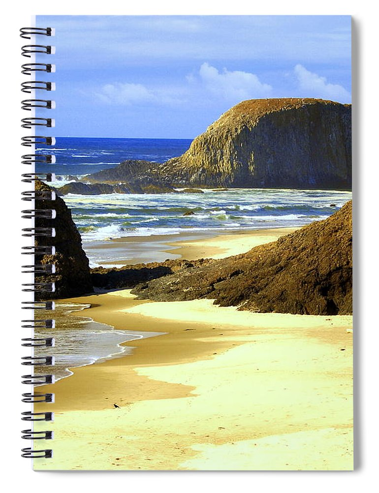 Ocean Spiral Notebook featuring the photograph Oregon Coast 18 by Marty Koch