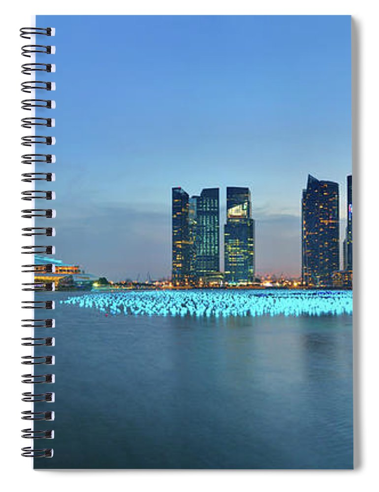 Tranquility Spiral Notebook featuring the photograph Singapore Marina Bay by Fiftymm99