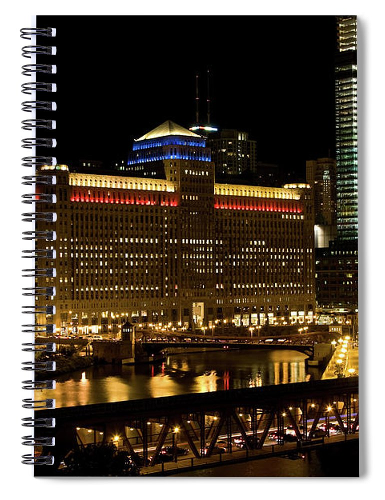 Chicago River Spiral Notebook featuring the photograph Chicago Merchandise Mart by Helpinghandphotos