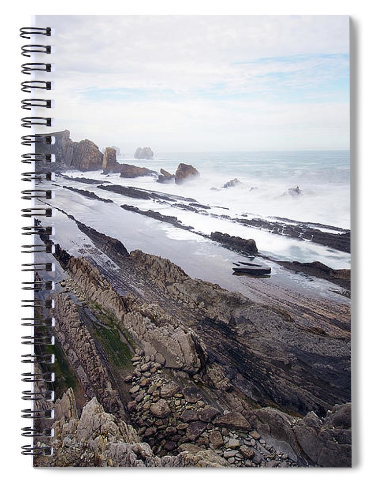 Scenics Spiral Notebook featuring the photograph Taste Of The Sea by David Díez Barrio