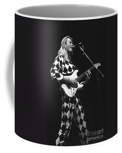 Singer Coffee Mug featuring the photograph It Bites by Concert Photos