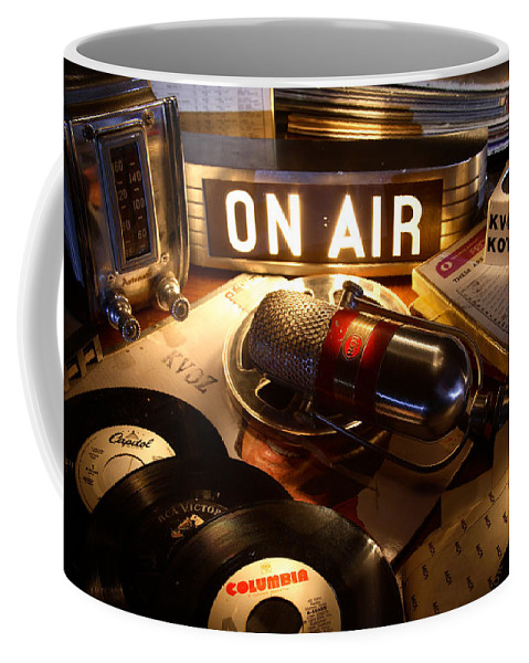 Radio Coffee Mug featuring the photograph Old School Radio by Daniel Alcocer