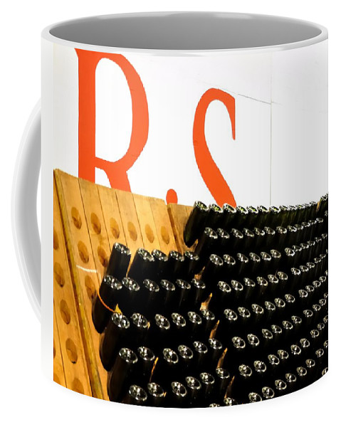 Mcminville Coffee Mug featuring the photograph R Stuart Wine 21126 by Jerry Sodorff