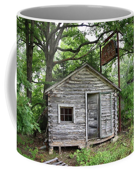 66 Coffee Mug featuring the photograph Route 66 - John's Modern Cabins by Frank Romeo