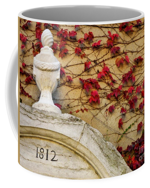 1812 Coffee Mug featuring the photograph 1812 Fountain by Lainie Wrightson