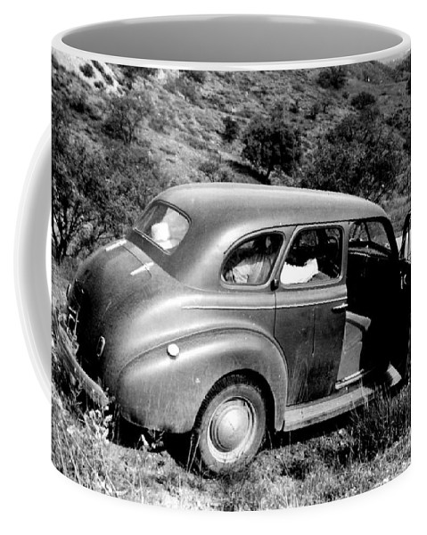 1940 Coffee Mug featuring the photograph 1940 Chevrolet Special Deluxe 4 Door by Larry Ward