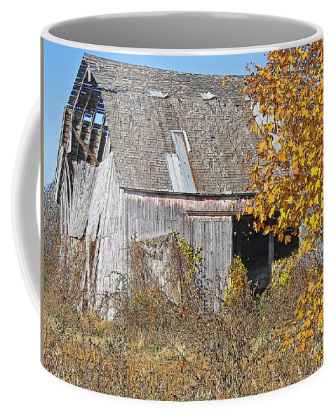 Vintage Coffee Mug featuring the photograph Autumn Barn by Ann Horn