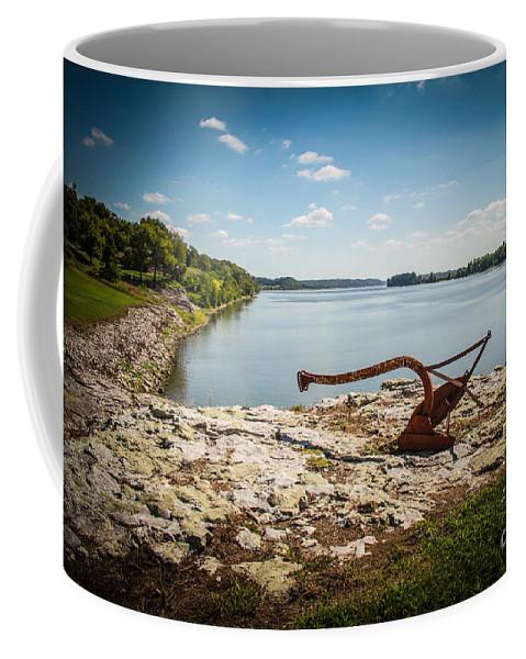 River Coffee Mug featuring the photograph Ohio River At Elizabethtown Illinois by Warrena J Barnerd