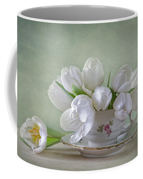 Tulpen Coffee Mug featuring the photograph Spring Flowers by Steffen Gierok