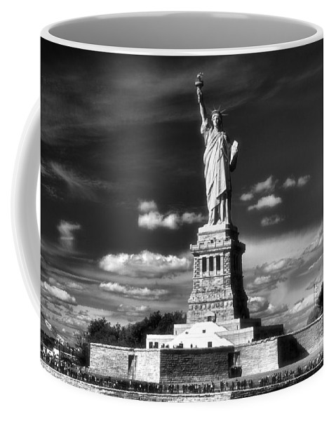 Statue Of Liberty Coffee Mug featuring the photograph Statue Of Liberty by Dan Sproul