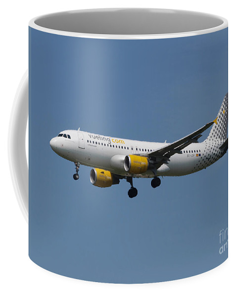 737 Coffee Mug featuring the photograph Vueling Airbus A320 by Paul Fearn