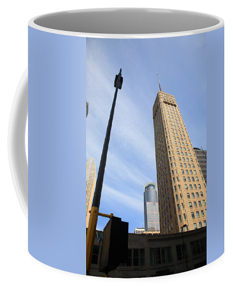 America Coffee Mug featuring the photograph Minneapolis Skyline by Frank Romeo