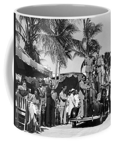 1933 Coffee Mug featuring the photograph A Portable Jazz Band In Miami by Underwood Archives