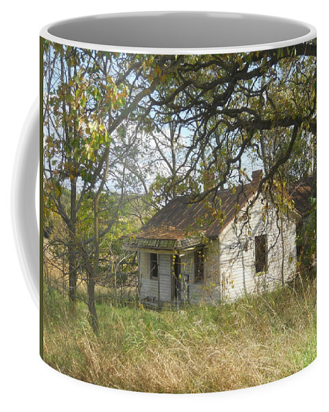 Old House Coffee Mug featuring the photograph Abandoned by Coleen Harty